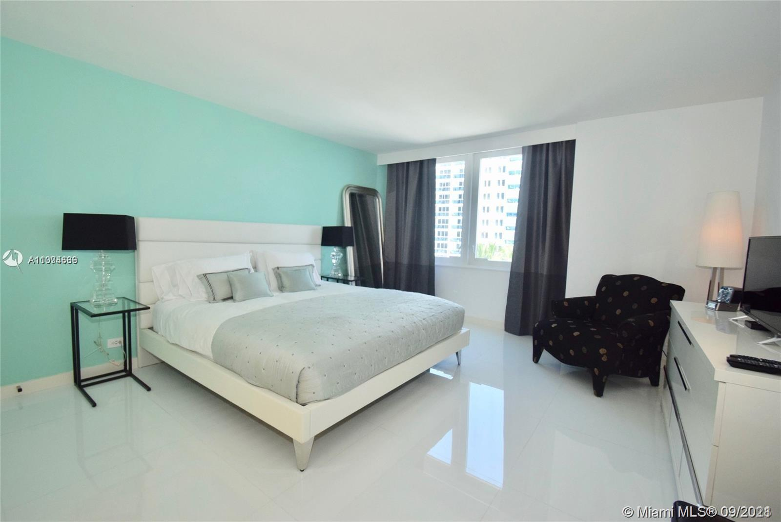 2301 Collins Ave, Miami Beach FL 33139
